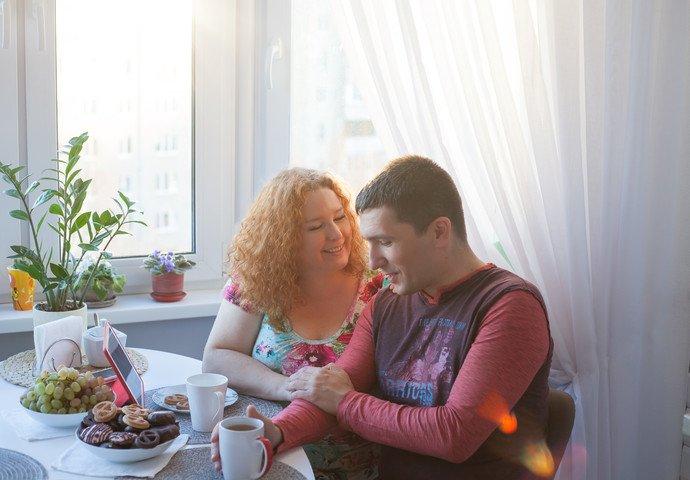 «Поругались в интернете, созвонились, завели семью». История первой пары байнета — «DmitryI» и «Очаровашки» из Гродно (фото) - фото 5
