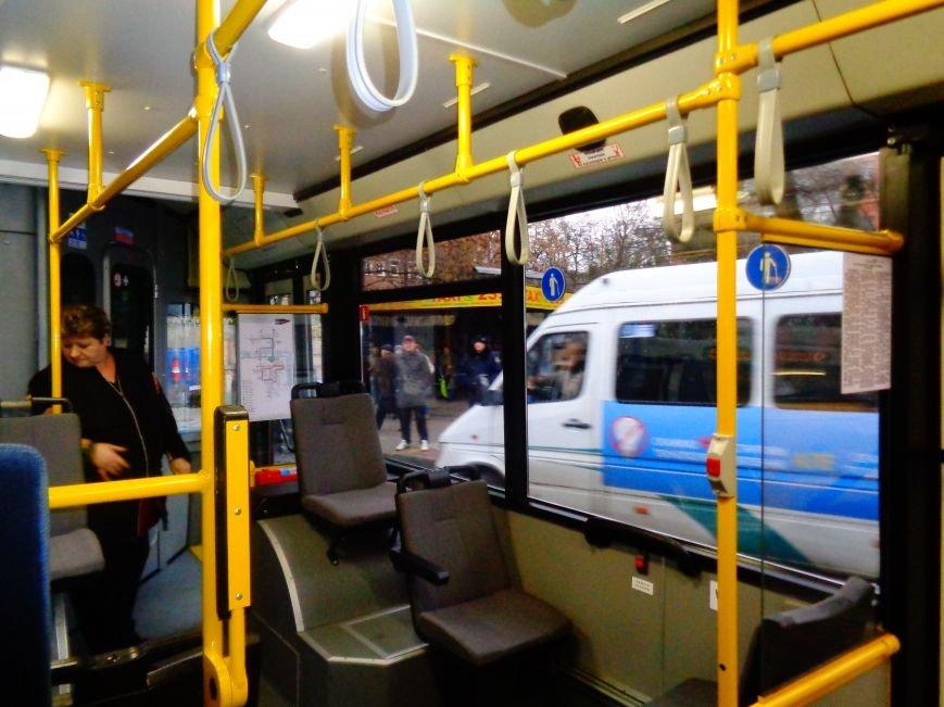 По Гагарина с комфортом: в Днепропетровске на маршрут запустили новые троллейбусы (ФОТО) (фото) - фото 2