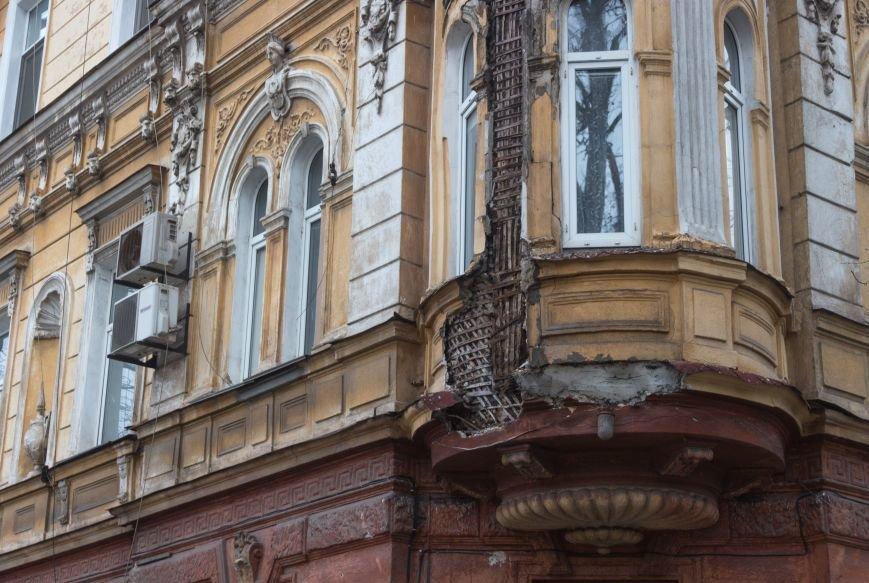 8214efa8196e5ed1e67624388f0dc6bf Обвал фасада памятника архитектуры в Одессе: новые подробности
