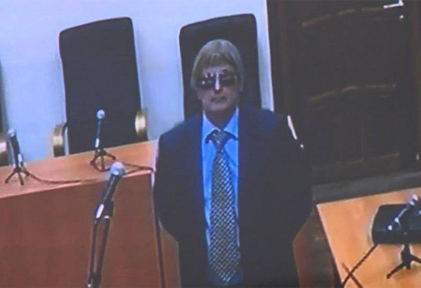 На суде по делу пленной летчицы Надежды Савченко, допросили загримированного «ФСБшника» в парике (ФОТО), фото-3