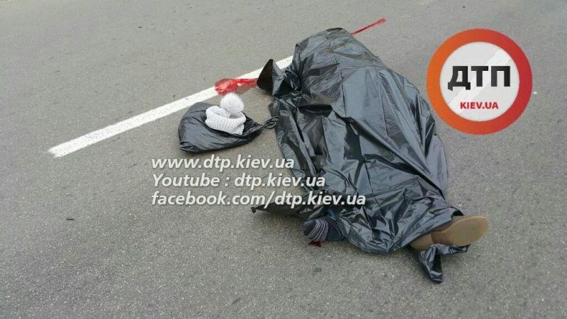 ДТП на Белицкой: женщину насмерть сбило полицейское авто (ФОТО), фото-2