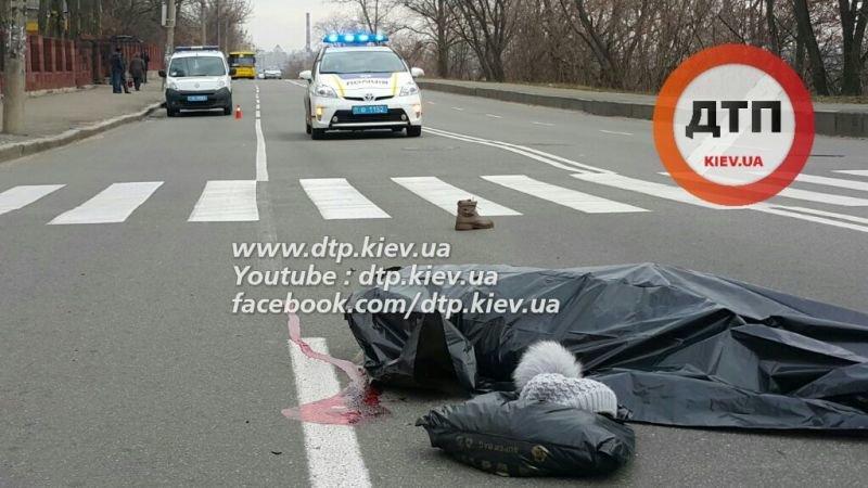 ДТП на Белицкой: женщину насмерть сбило полицейское авто (ФОТО), фото-3