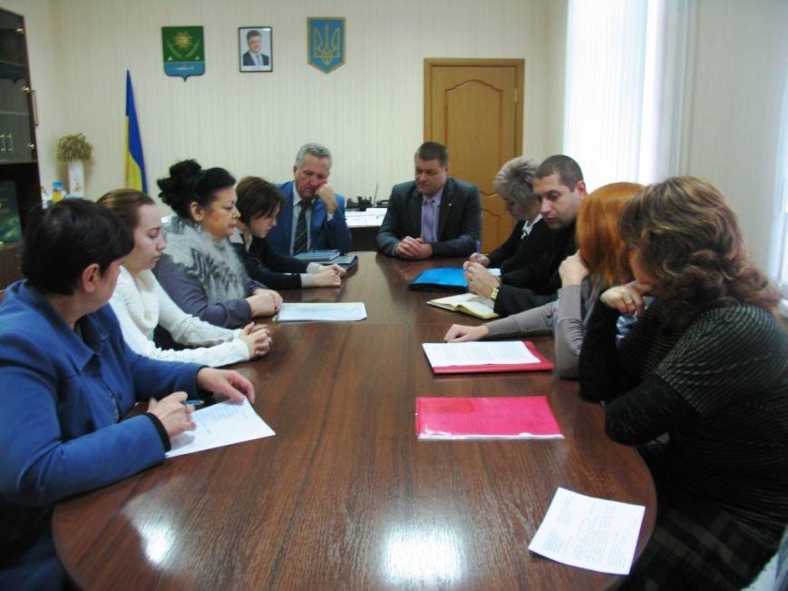 В Славянской райгосадминистрации провели заседание по вопросам защиты прав ребенка (фото) - фото 1