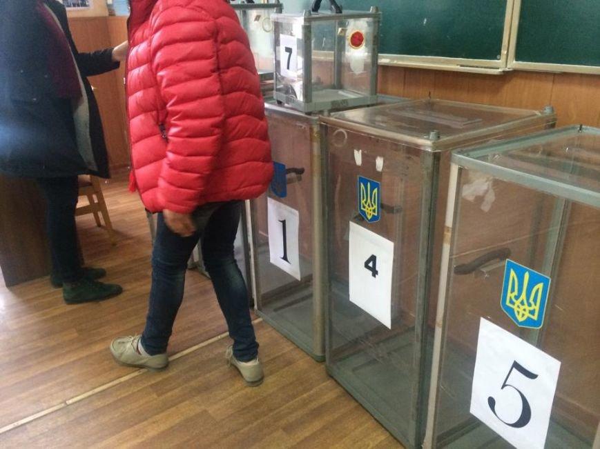 В Мариуполе начался процесс выдачи бюллетеней участковым комиссиям (ФОТО, ВИДЕО), фото-8