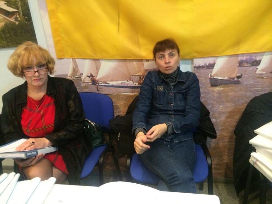 В Мариуполе начался процесс выдачи бюллетеней участковым комиссиям (ФОТО, ВИДЕО), фото-3
