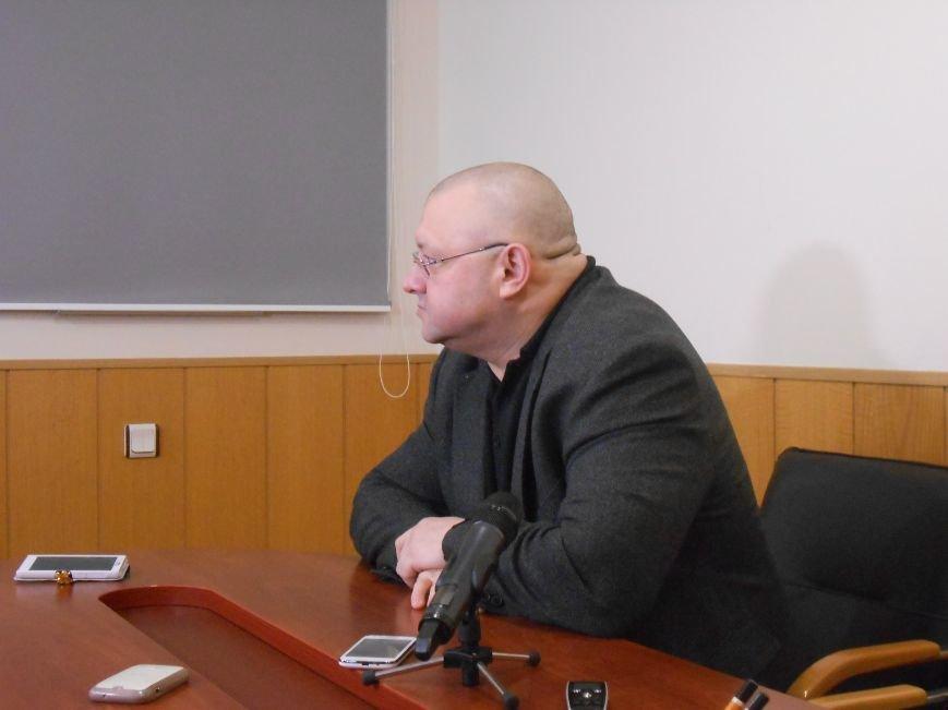 В Днепродзержинск прибыл главный полицейский области (фото) - фото 1