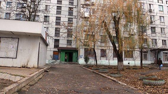 В Днепропетровске полиция обнаружила роженицу, которая пыталась убить своего новорожденного ребенка (ФОТО) (фото) - фото 2