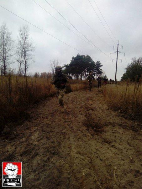 Кременчугские патриоты совершили длительный поход и научились ориентироваться по военным картам (ФОТО) (фото) - фото 1
