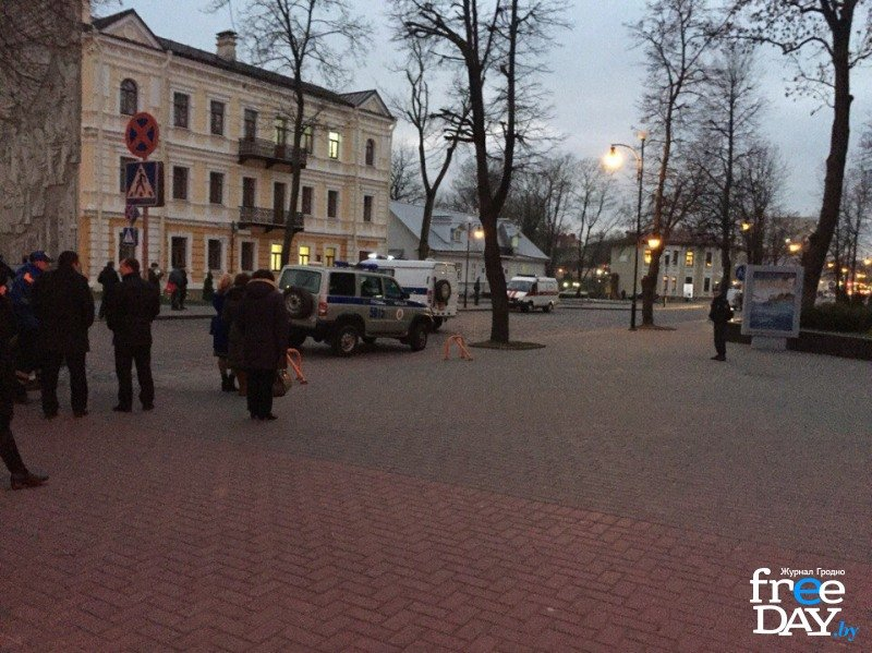 В Гродно на улице Ожешко нашли подозрительно взрывоопасный предмет (фото) - фото 3