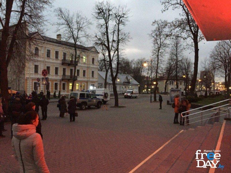 В Гродно на улице Ожешко нашли подозрительно взрывоопасный предмет (фото) - фото 2