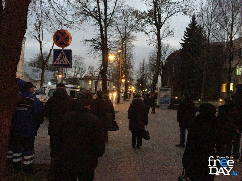 В Гродно на улице Ожешко нашли подозрительно взрывоопасный предмет (фото) - фото 1