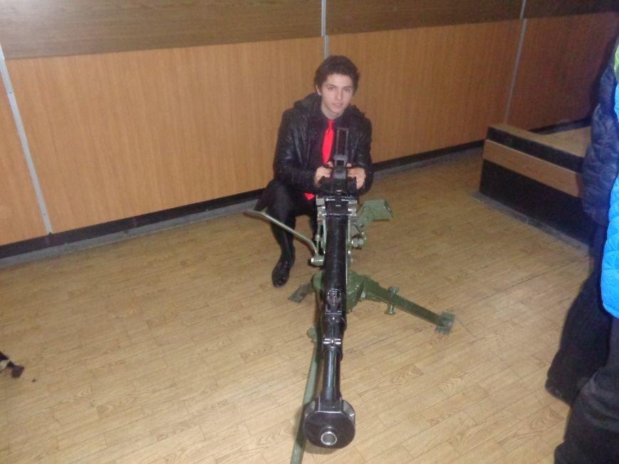 Учащиеся Димитрова увидели, как служит и защищает местная полиция (фото) - фото 6