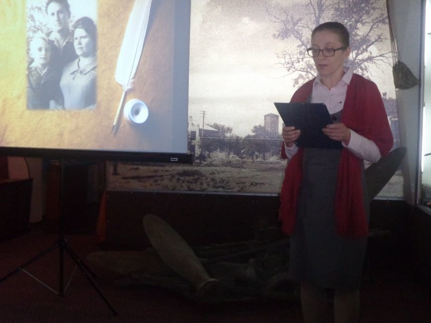 «Поэт всегда в строю»: Красноармейский исторический музей почтил память талантливого поэта-фронтовика Степана Таманова (фото) - фото 3