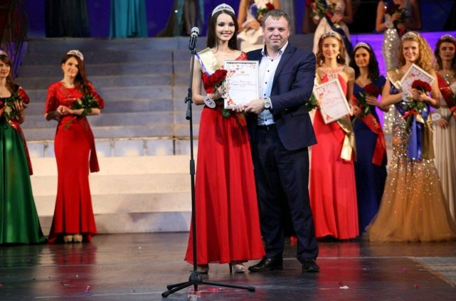 Ульяновская студентка Талия Айбедуллина стала «Вице-мисс студенчество России-2015» (фото) - фото 1