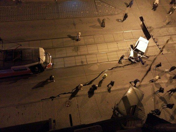 Утреннее ДТП в Харькове: пробка в центре города перекрыла движения (ФОТО) (фото) - фото 1