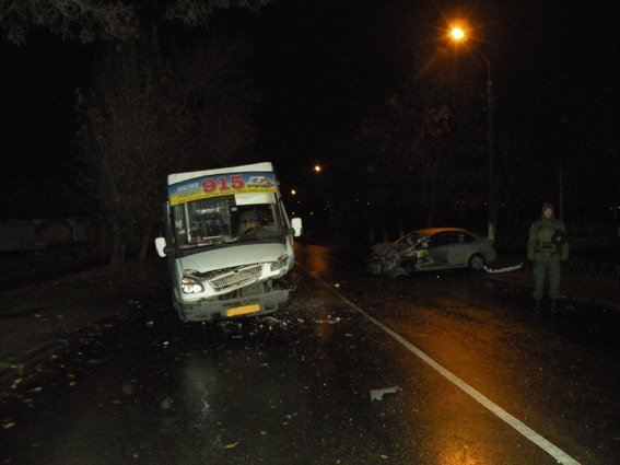 ДТП с маршруткой в Николаеве: количество пострадавших возросло до восьми (ФОТО) (фото) - фото 2
