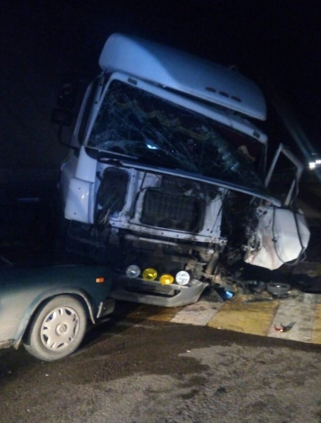 Утренняя авария на трассе М-4 «Дон» унесла жизни двух человек (фото) - фото 1