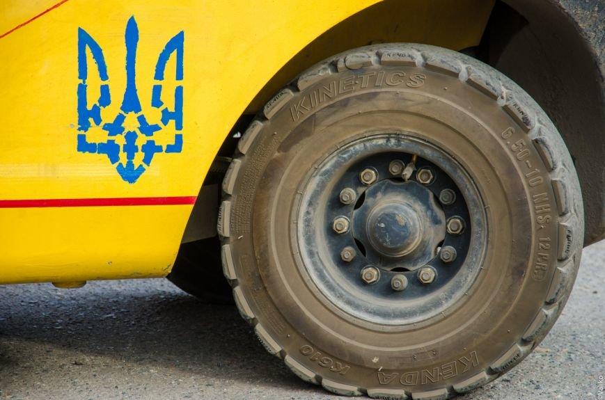 В Сватово двинулись еще три фуры с гуманитарной помощью от Днепропетровщины (ФОТО) (фото) - фото 1