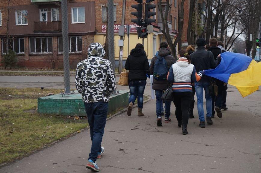 Студенты Криворожского педагогического института вышли на митинг «За честные выборы» (ФОТО) (фото) - фото 5