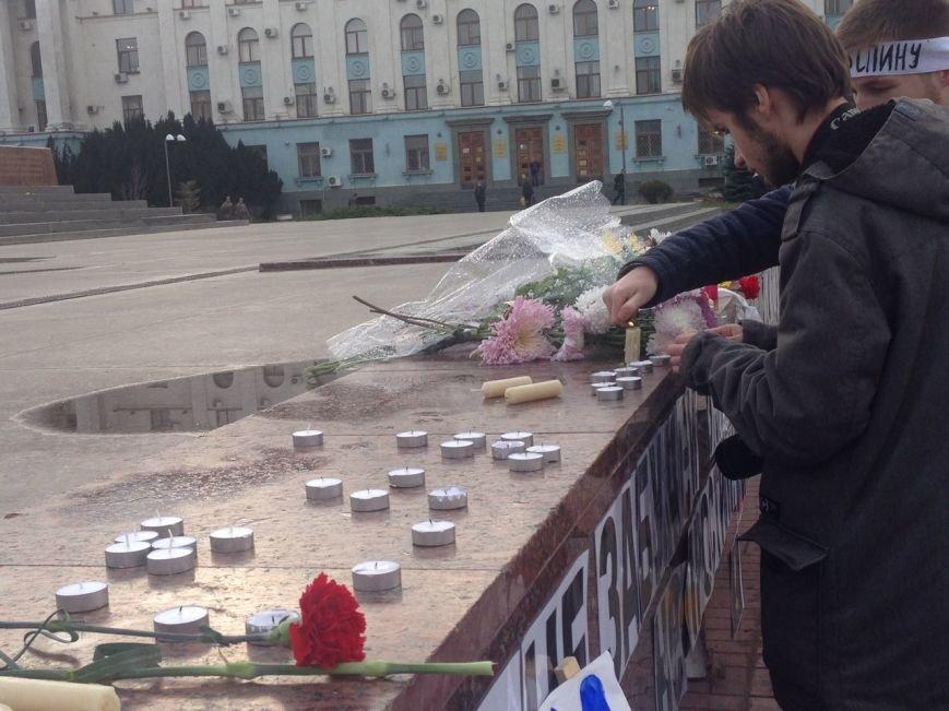 В центре Симферополя активисты сожгли чучело президента Турции (ФОТО, ВИДЕО), фото-7