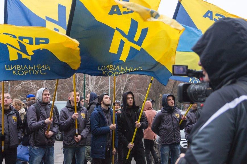 4030e9475668b2152519b6a656a2439b Активисты «АЗОВА» нанесли «вежливый» визит Одесскому облсовету