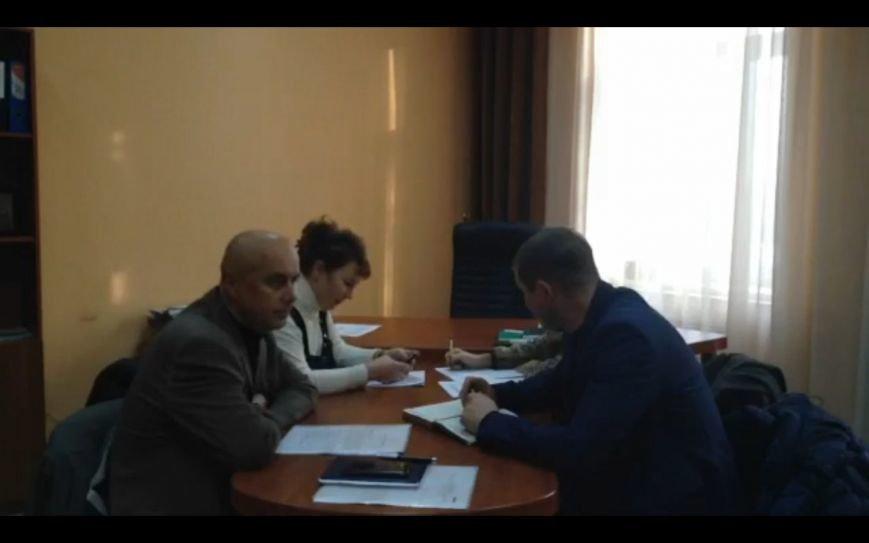 Новый депутатский корпус Димитрова: «боязнь публичности» и препятствия работе СМИ (фото) - фото 1