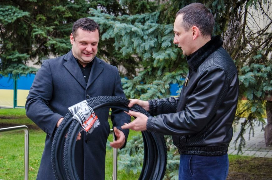 В Днепропетровской ОГА велосипедный бум (фото) - фото 2
