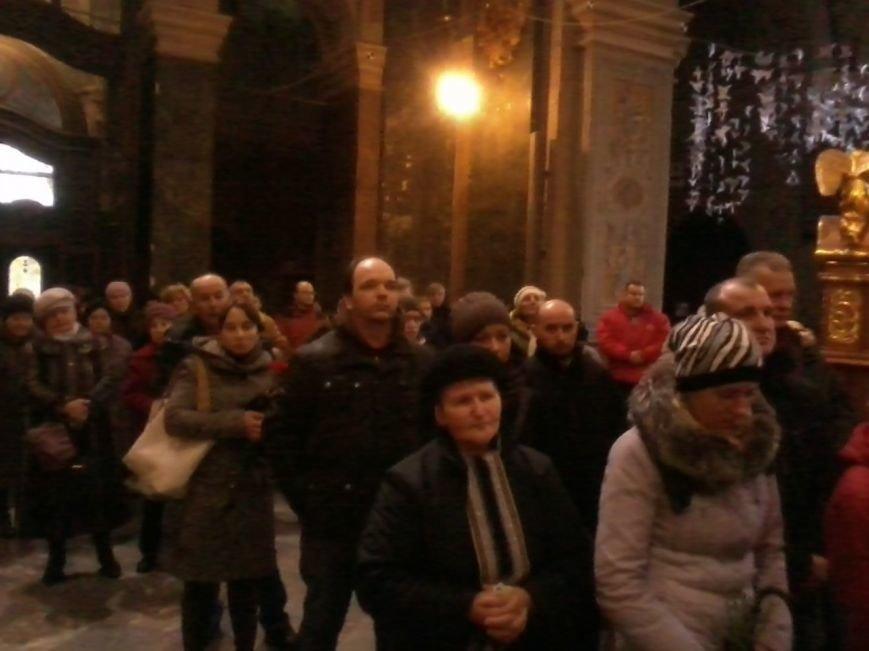 У Львові попрощалися із Героєм України Юрієм Нагорним (ФОТО) (фото) - фото 1