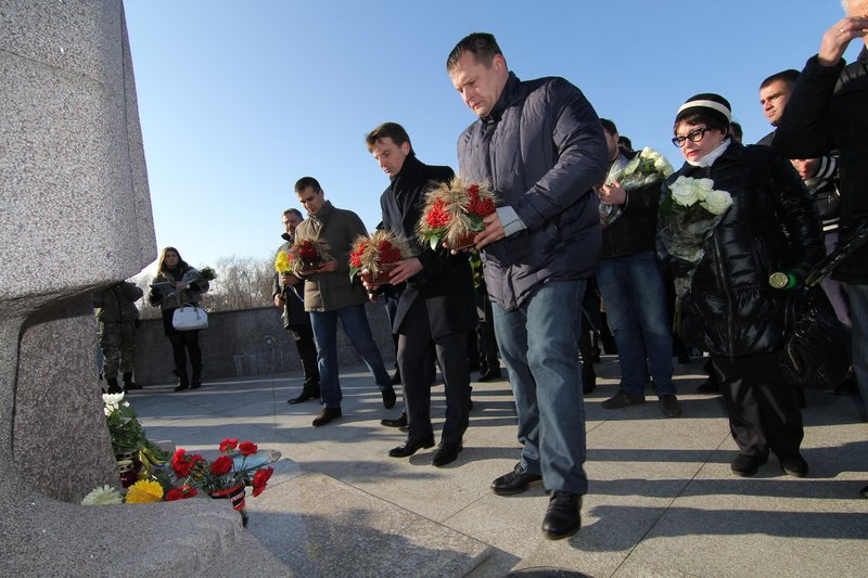Днепропетровщина почтила память жертв Голодомора (ФОТО) (фото) - фото 8