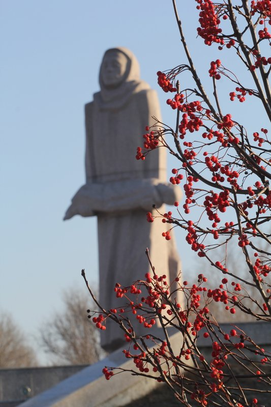 Днепропетровщина почтила память жертв Голодомора (ФОТО) (фото) - фото 1