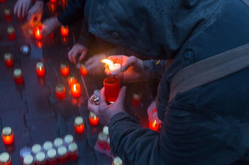 18d81d36e882454cc98c3a9cc31f105b Одесса чтит память жертв Голодоморов