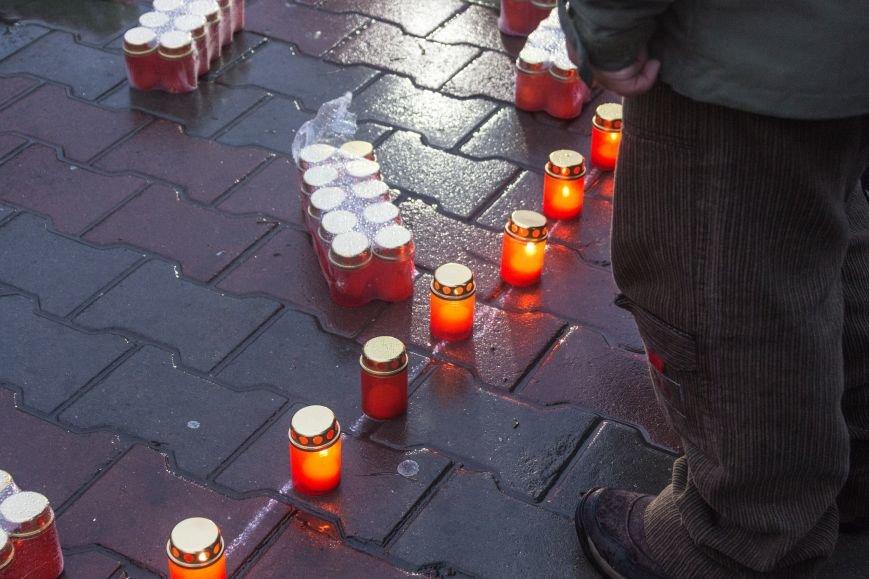 342aa1acabfc2ace80af22434095b812 Одесса чтит память жертв Голодоморов