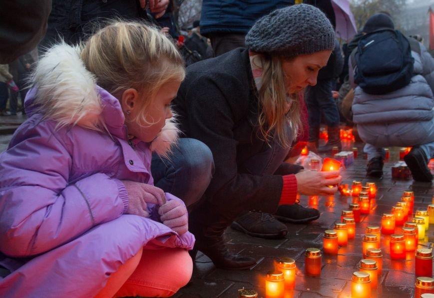 3b2eba09ccc956adcc4dbb4e472e9e2c Одесса чтит память жертв Голодоморов