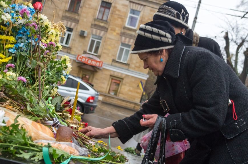 6eb2138b4d99675cbdc3137a3e8d84f1 Одесса чтит память жертв Голодоморов