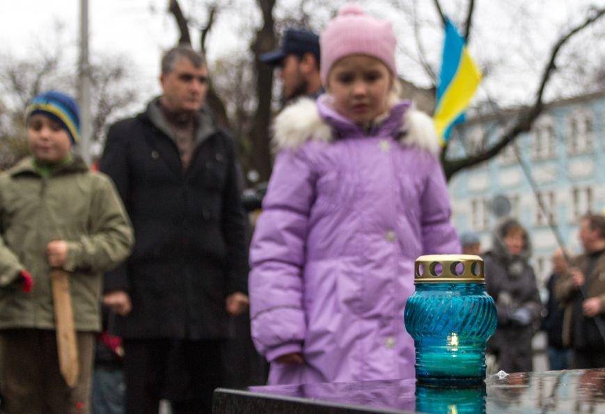 e0dd004276ebe2fde18714cadb9483a9 Одесса чтит память жертв Голодоморов