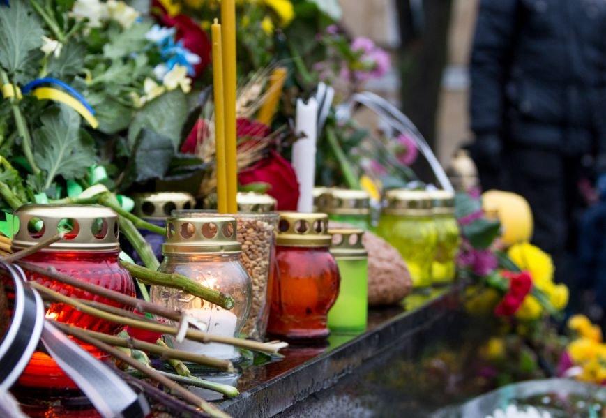 f2f98c93ba657ca4633985b672432d58 Одесса чтит память жертв Голодоморов