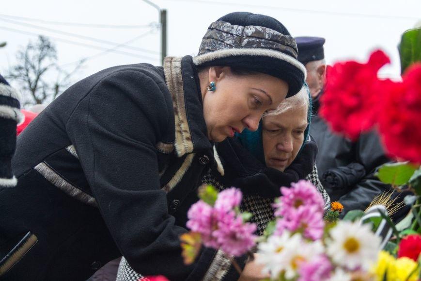 fa86ff13ed658c06abc72ea98b08bdee Одесса чтит память жертв Голодоморов