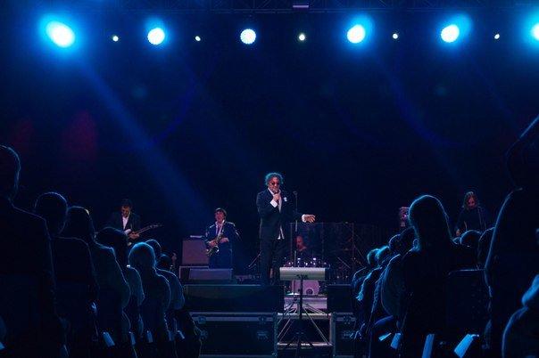 Концерт Григория Лепса в Гродно: море зрителей, предельная громкость и полная самоотдача (Фото, видео) (фото) - фото 9