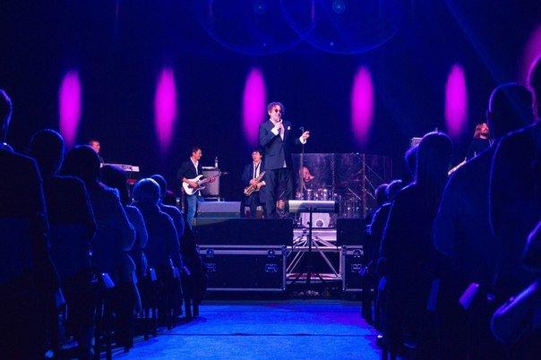 Концерт Григория Лепса в Гродно: море зрителей, предельная громкость и полная самоотдача (Фото, видео) (фото) - фото 7