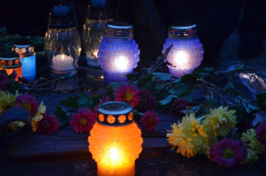 Мариупольцы почтили память жертв голодомора (ФОТОРЕПОРТАЖ+ВИДЕО), фото-23