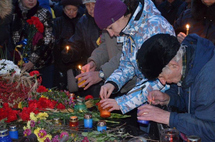 Мариупольцы почтили память жертв голодомора (ФОТОРЕПОРТАЖ+ВИДЕО), фото-20