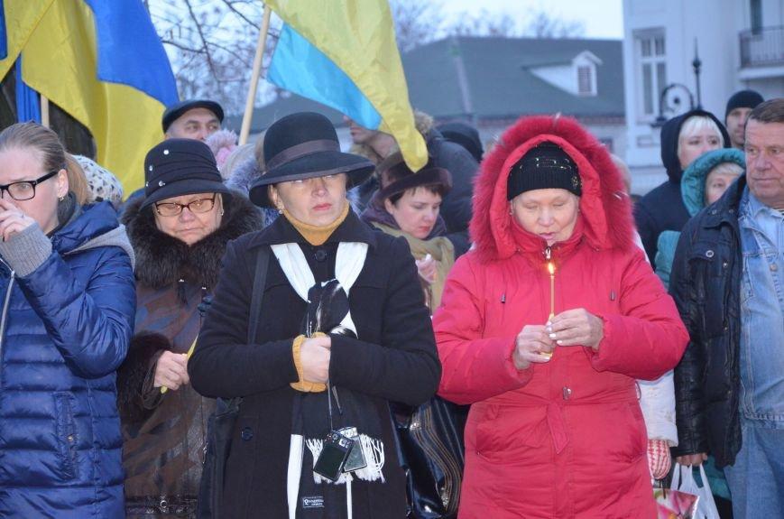 Мариупольцы почтили память жертв голодомора (ФОТОРЕПОРТАЖ+ВИДЕО), фото-9