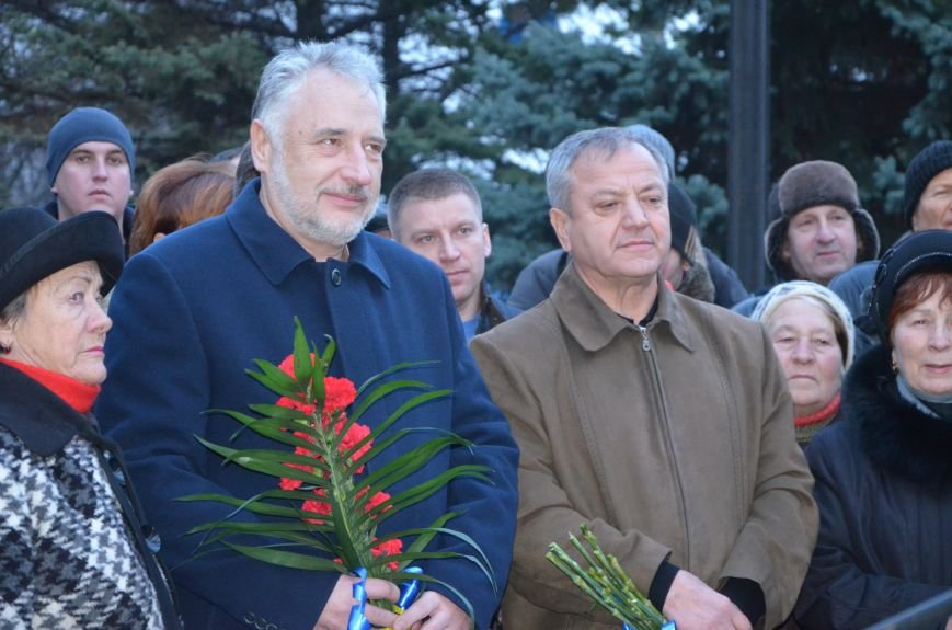 Мариупольцы почтили память жертв голодомора (ФОТОРЕПОРТАЖ+ВИДЕО), фото-6