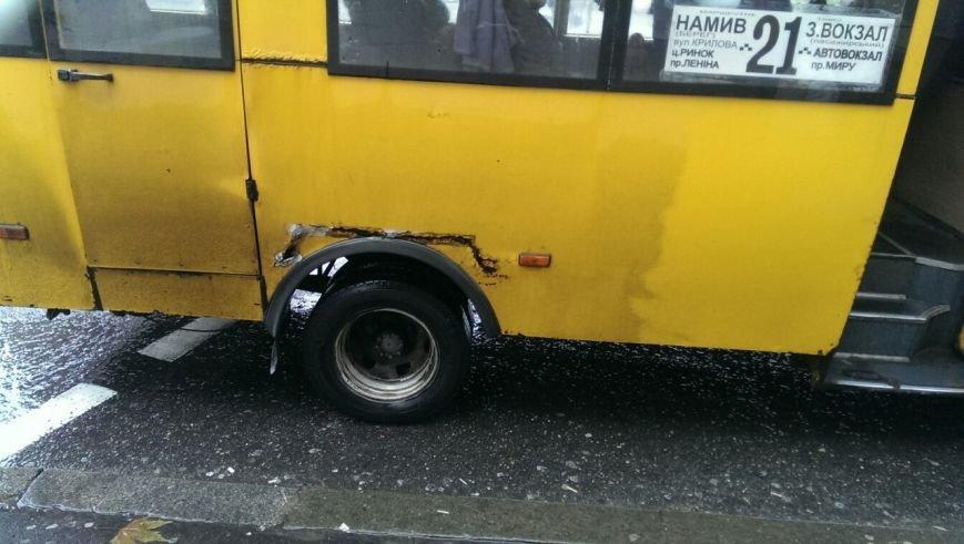 «Капсула смерти», - николаевцы с опаской относятся к маршруткам (ФОТО) (фото) - фото 1