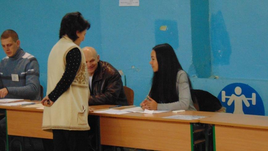 На 12:00 в полицию Мариуполя поступило 14 обращений, связанных с выборами (ФОТО) (фото) - фото 2