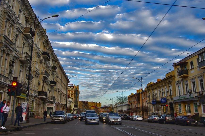 a91ef1ab7c344f5021baa766f175276b Одессу окутали необычайно-волшебные облака