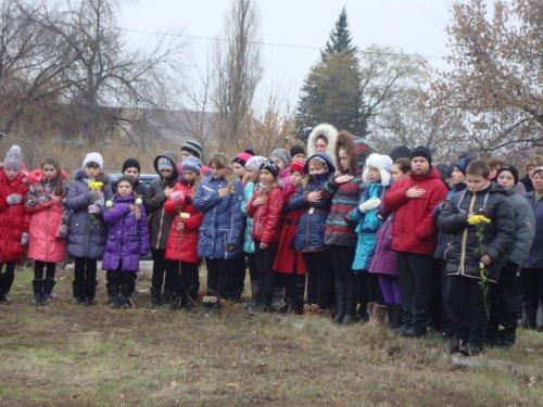 На Павлоградщине почтили память жертв голодомора (ФОТО) (фото) - фото 3