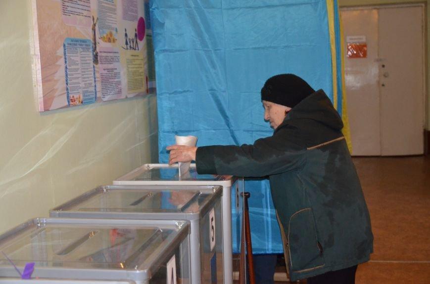 Активность избирателей в Мариуполе увеличилась (ФОТО+ВИДЕО), фото-5