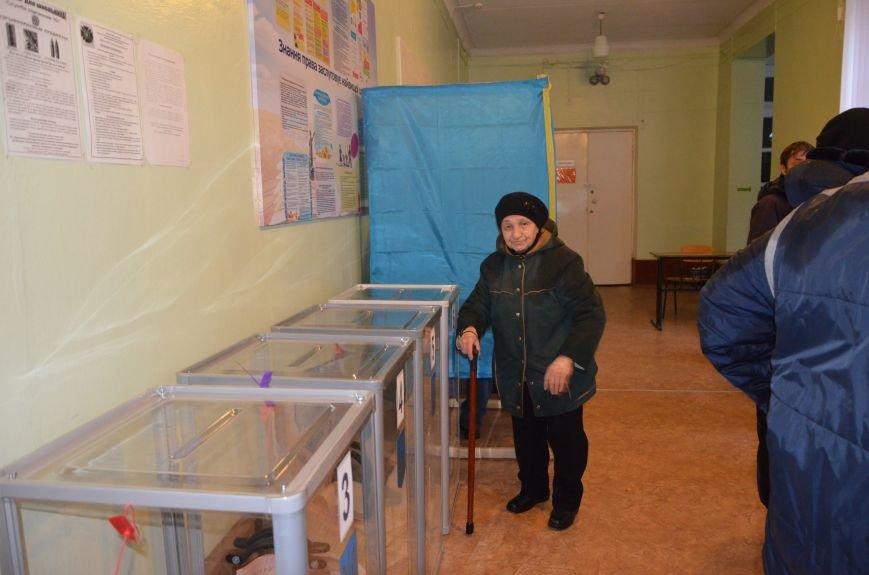 Активность избирателей в Мариуполе увеличилась (ФОТО+ВИДЕО), фото-4