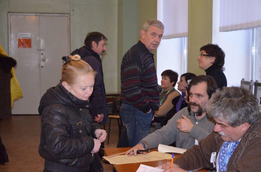 Активность избирателей в Мариуполе увеличилась (ФОТО+ВИДЕО), фото-6